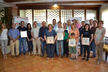 Foto de grupo de las instituciones y los premiados.